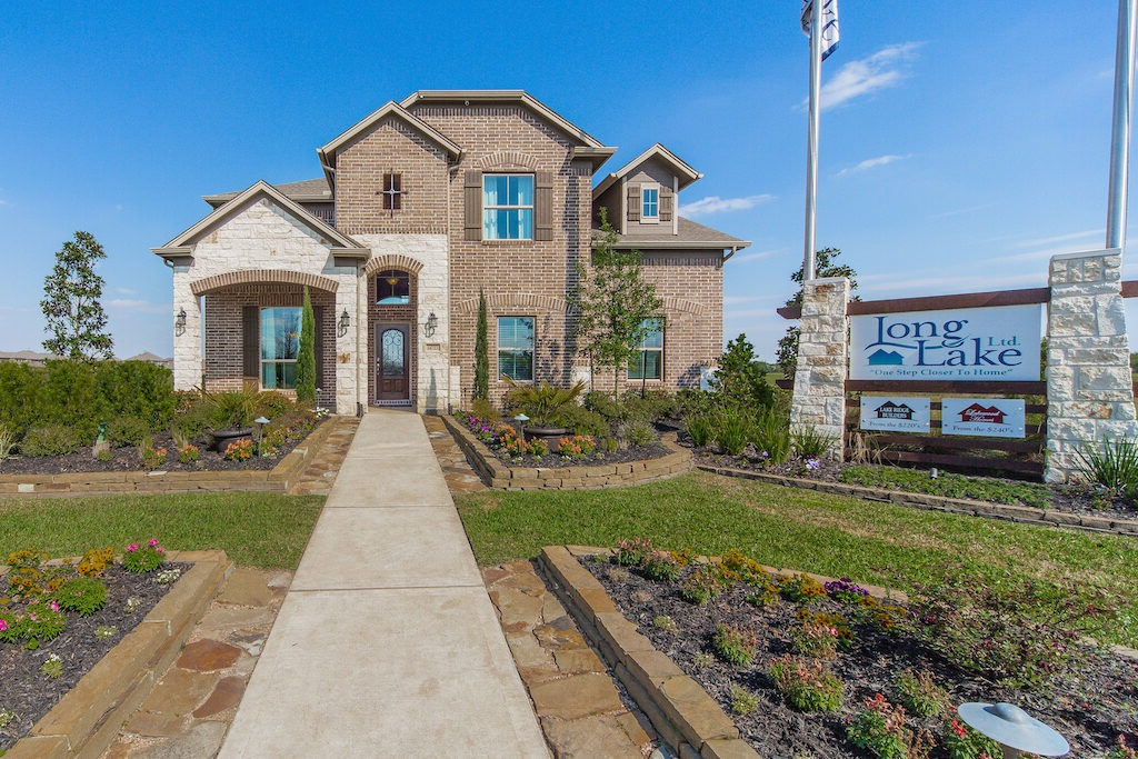 Long Lake model home at Grand Oaks - The Cove
